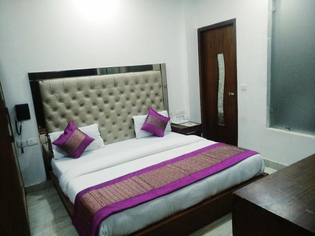 indo_room