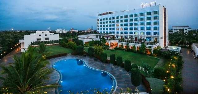 Danisson_Hotel_Pool