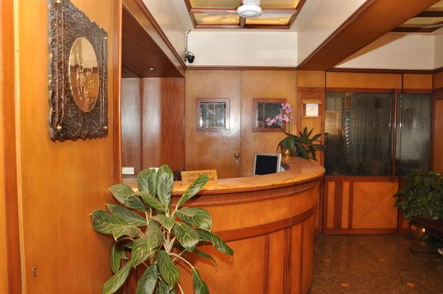 Hotel_Inside