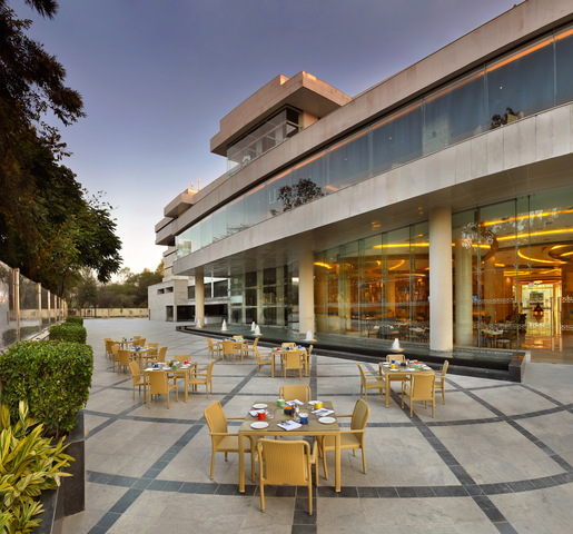 The lalit chandigarh chandigarh use coupon code festive - Chandigarh hotel with swimming pool ...
