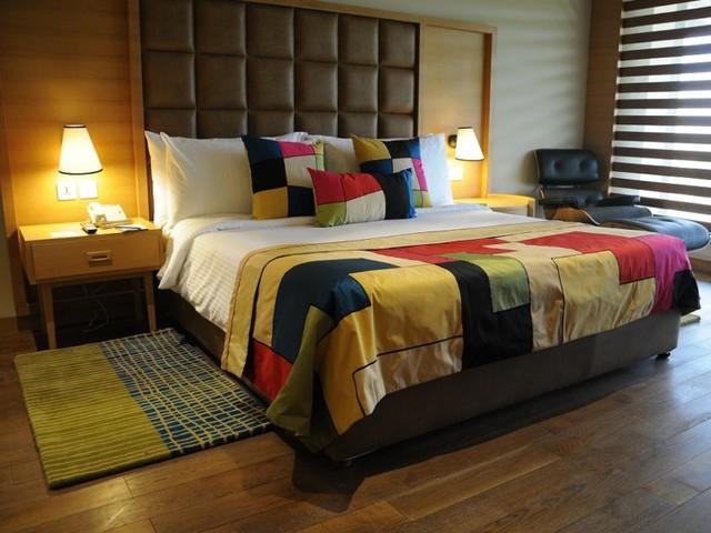 Deluxe-Room-Chandigarh-768x576
