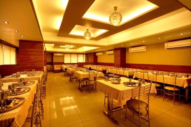 hotel-classique-rajkot-1478772273991jpg-112938143842-jpeg-fs