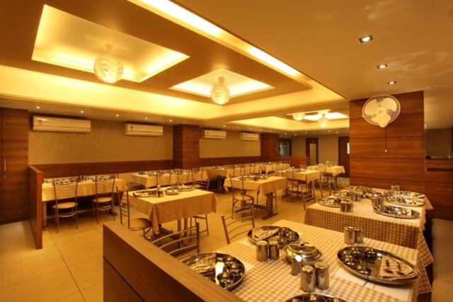 hotel-classique-rajkot-1478772285872jpg-112938159139-jpeg-fs