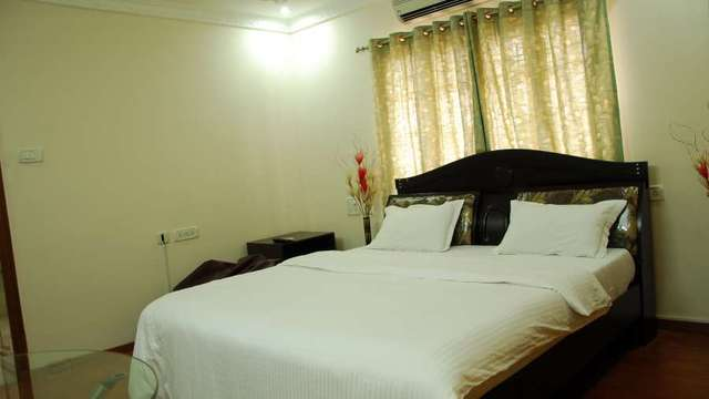 Deluxe_Room_Kp_Serviced_Apartments_Hyderabad_2_vokerr