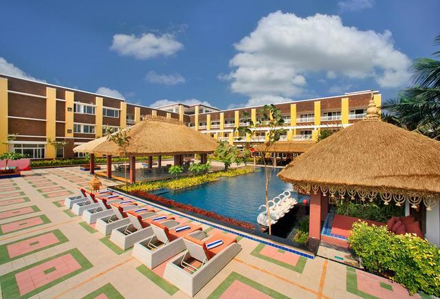 Hotels Near Konark Beach