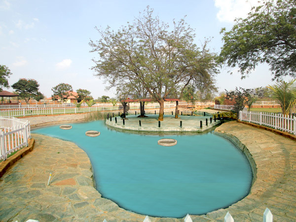 Dream valley resort hyderabad room rates reviews deals for Resorts with private swimming pool in hyderabad