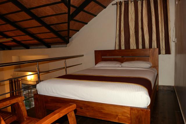 Villa_Room_II_(1)