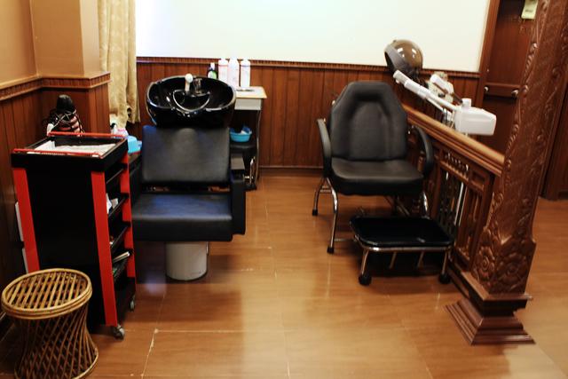 Salon_(3)