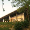 Gallery5-The-very-modern-clubhouse-design-with-distinctively-modern-architectural-lines-at-the-Aravalli-golf-club1