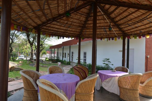 Cosy_seating_area_under_a_gazebo