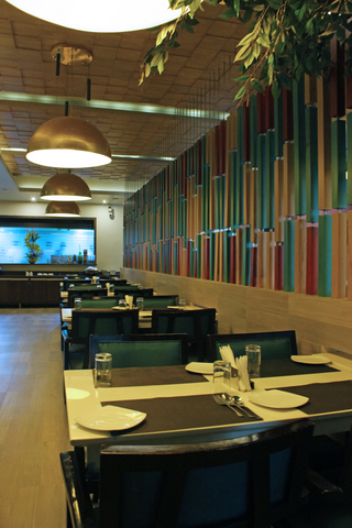 Olive_Restaurant_(2)
