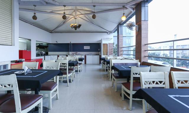 Restaurant_(17)