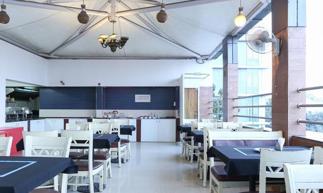 Restaurant_(21)
