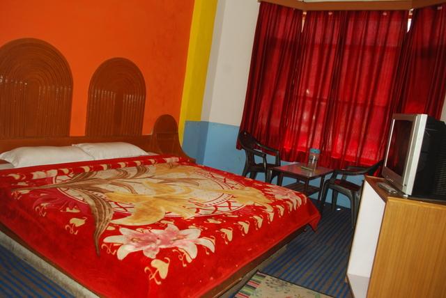 hotel-hill-top-manali-dsc_0768-88386788714-jpeg-fs