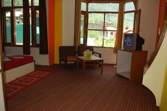 hotel-hill-top-manali-hotel-hill-top-manali-standard-room-113214230848-jpeg-fs