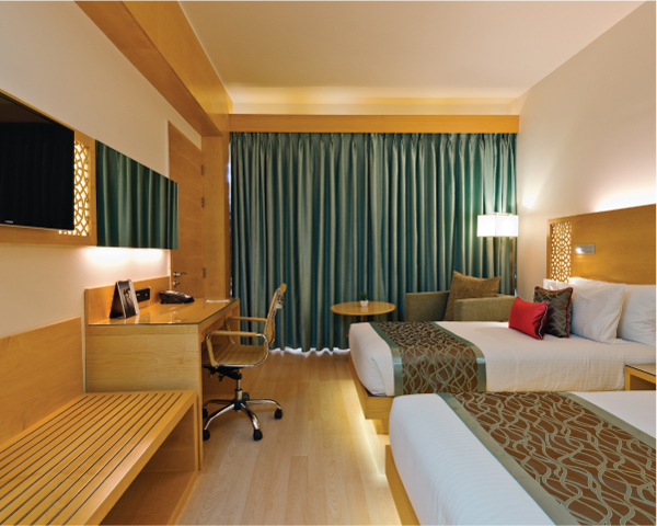 Gateway_Raipur-Superior_Room_Twin_2_-600x480