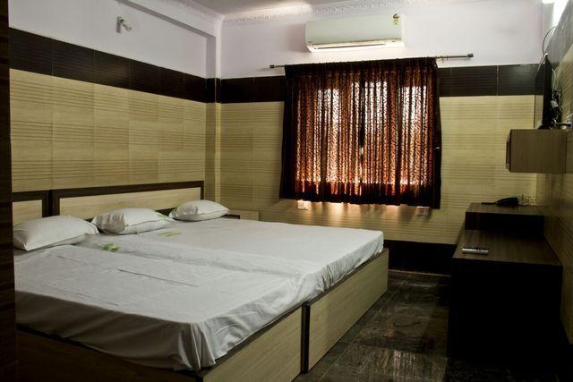 Hotel_sai_Ram_Residency