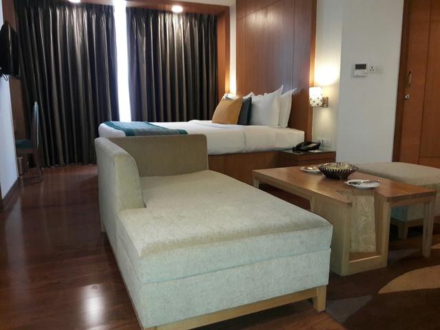 Superior_Room_-LTHDN