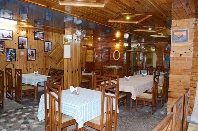 Restaurant-indoor-1