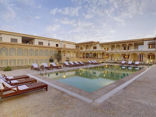 Club mahindra jaisalmer jaisalmer room rates reviews - Jaisalmer hotels with swimming pool ...