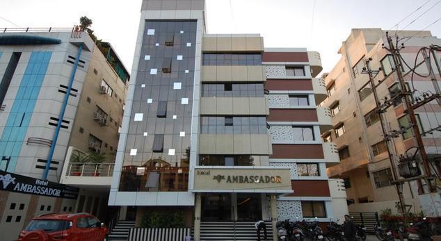 hotel-ambassador-indore-facade-41731708g