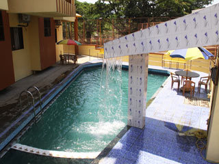 Hotel royal park khandala room rates reviews deals - Hotel with private swimming pool in lonavala ...