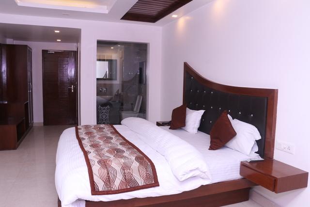 Executive_Room(2)