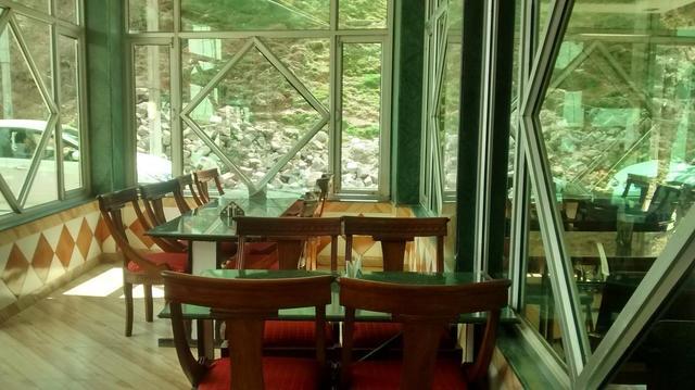 hotel-upper-city-heart-mcleodganj-restaurant-38583096fs