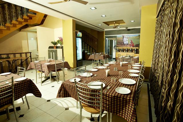 Babaji_The_Veg._Restaurent