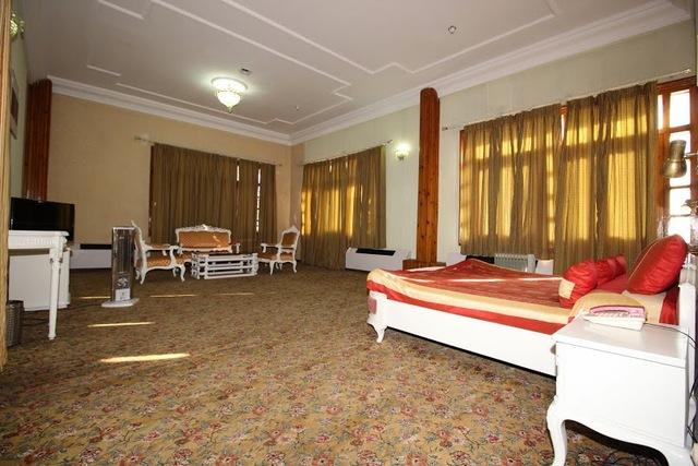 The Peterhoff Hptdc Shimla Room Rates Reviews Amp Deals
