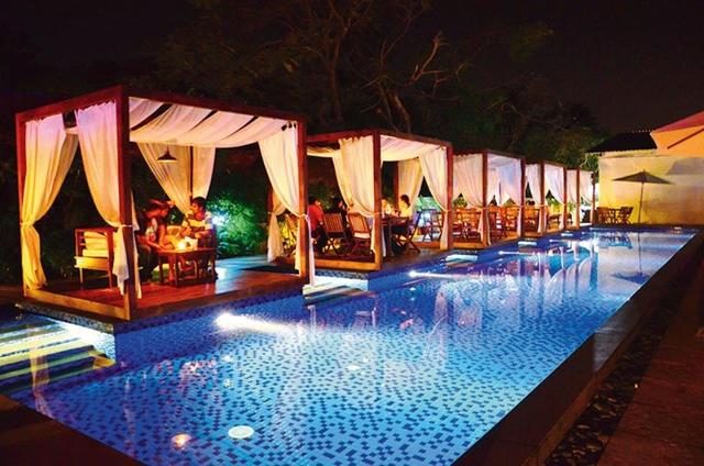 Sinq Party Hotel, Goa. Room rates, Reviews & DEALS