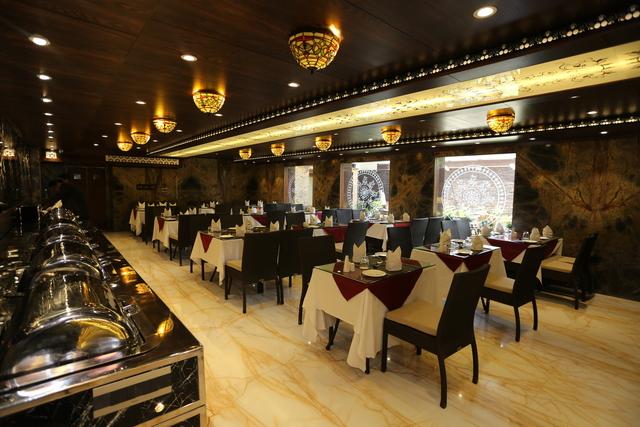Restaurant__1