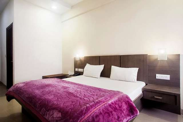 hotel-lals-inn-agra-1470717843090jpg-109448452561-jpeg-fs