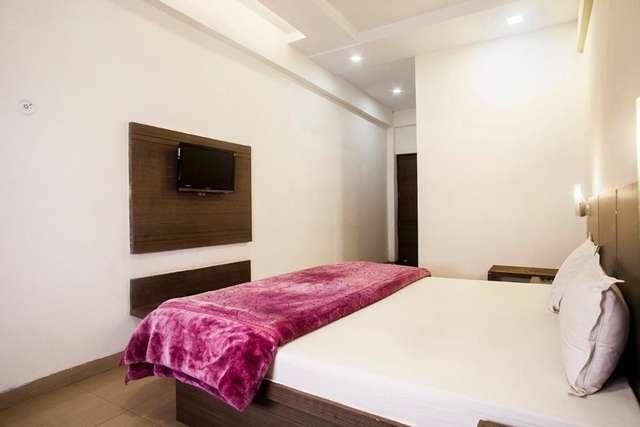 hotel-lals-inn-agra-1470717861614jpg-109448568853-jpeg-fs