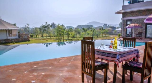 16-swimming-pool