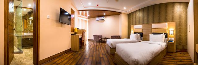 Room_2_Panorama