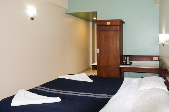 Double_Bed_Room_(1)