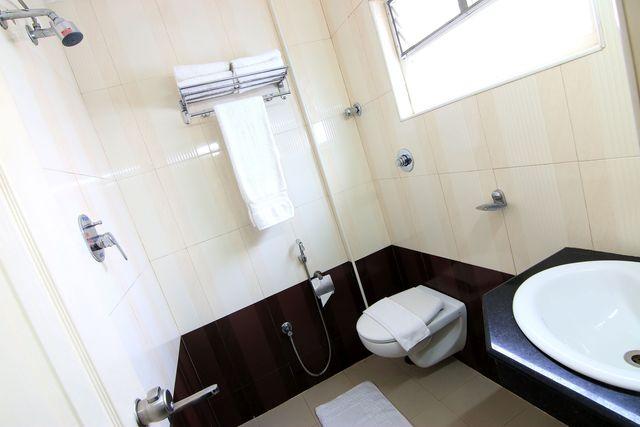 bathroom2.1