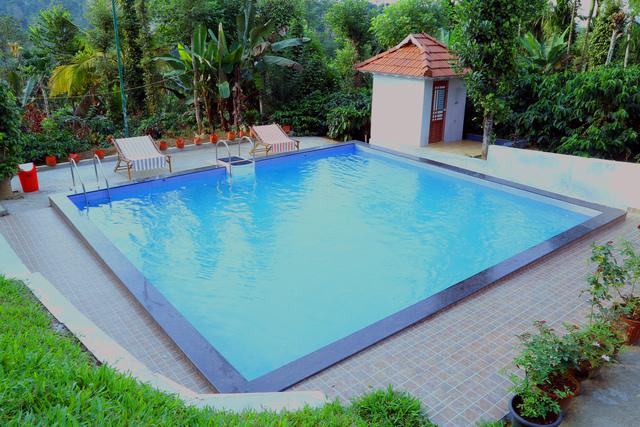 2.swimming_pool