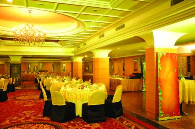 The Atrium Faridabad Room Rates Reviews Amp Deals