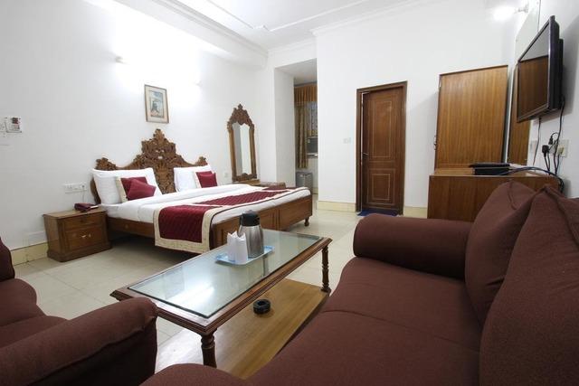 hotel-citi-continental-delhi-hotel-citi-continental-delhi-super-deluxe-room-112637070503-jpeg-fs