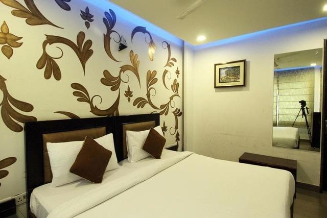 the-geras-kalkaji-delhi-deluxe-room-view-112251821102-jpeg-fs