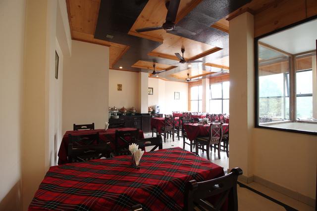 Hotel_Krishna_Restaurant_(1)