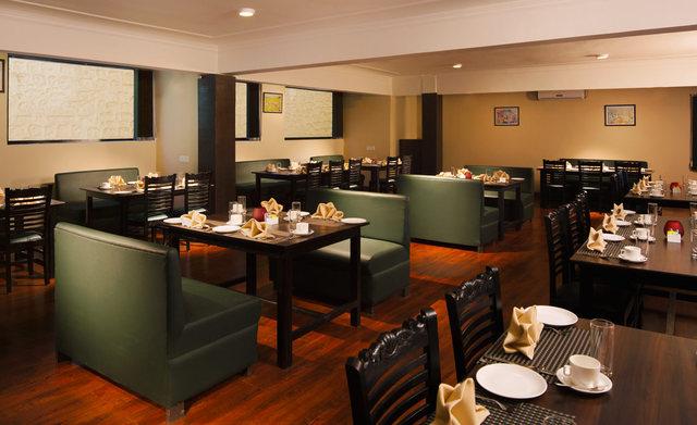 Nainital_-_Bhawanipur_Greens__Restaurant_(1)