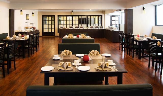 Nainital_-_Bhawanipur_Greens__Restaurant_(2)