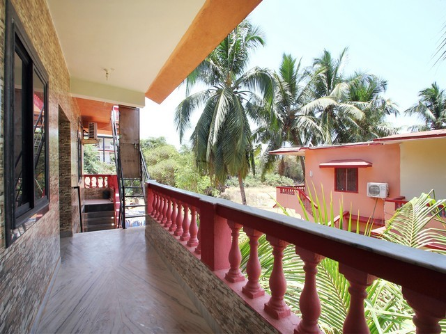 Beach Queen Guest House, Goa. Room rates, Reviews & DEALS