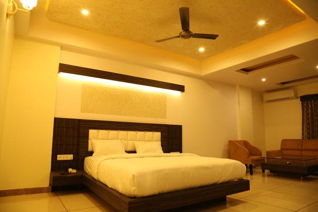 Srinidhi Grand Inn Bangalore Room Rates Reviews Amp Deals