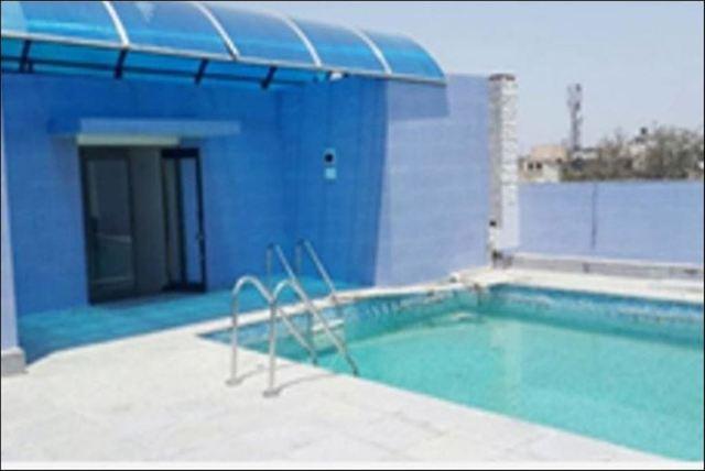 City_Heart_Swimming_Pool