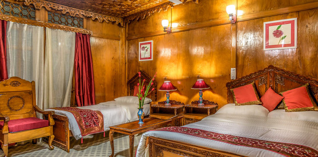 Naaz Kashmir Houseboats Srinagar Use Coupon Code Gt Gt Festive