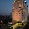 Hotel_Exterior_3
